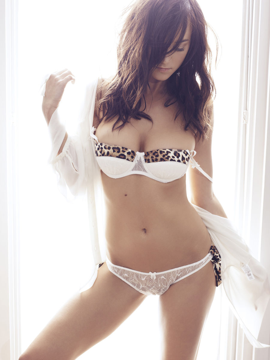 Rosie Jones Lingerie 004