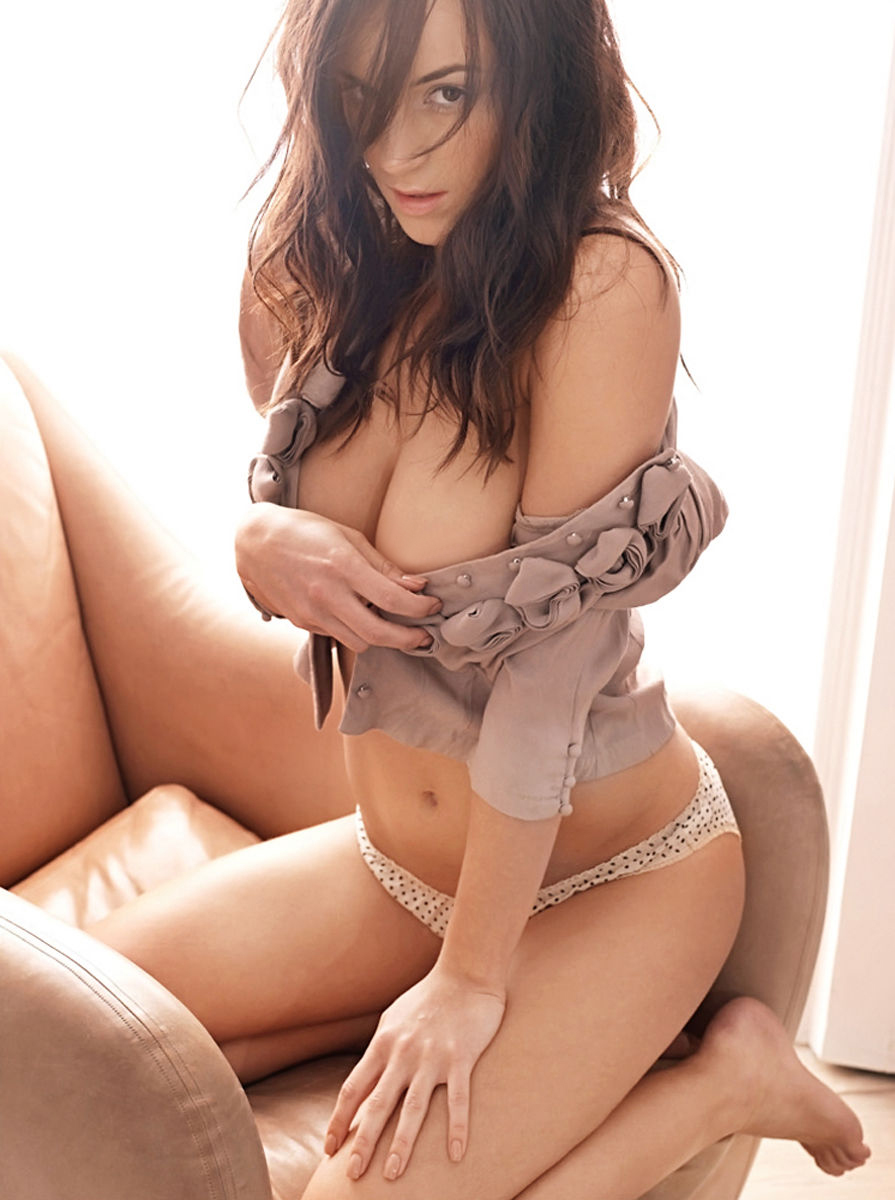 Rosie Jones Lingerie 008